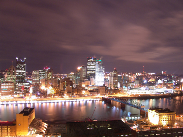 Pittsburgh, PA : View of Downtown Pittsburgh from Mt. Washington (2004)