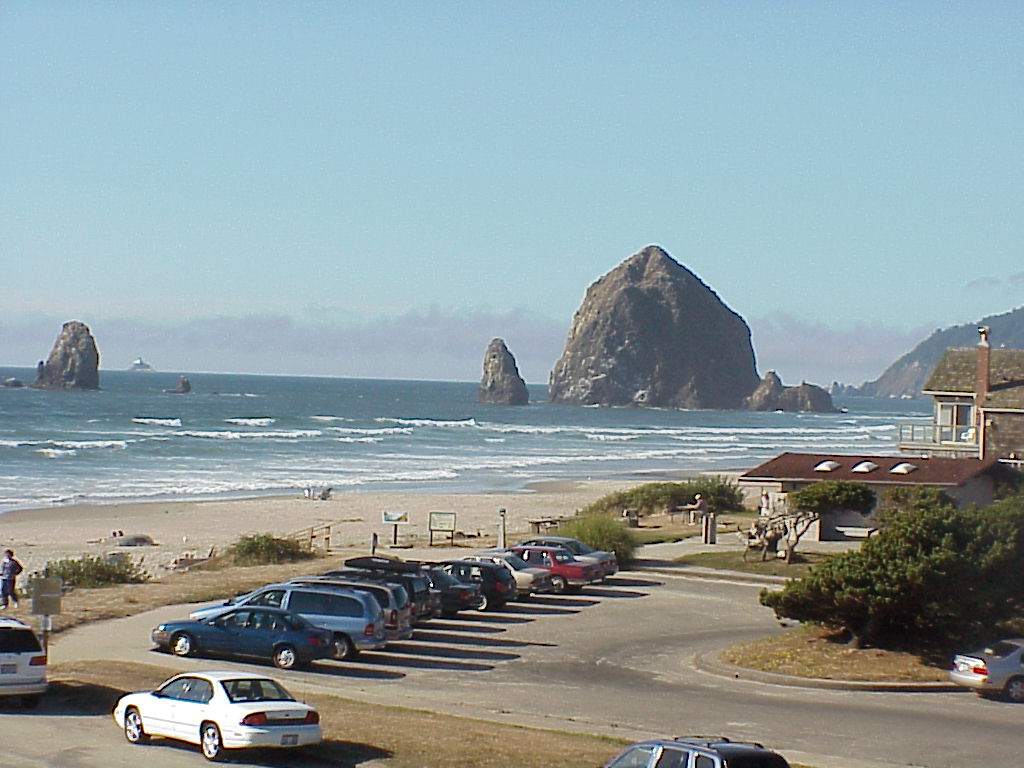 Cannon Beach, OR : public beach