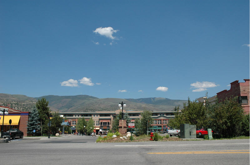Edwards, CO: Downtown