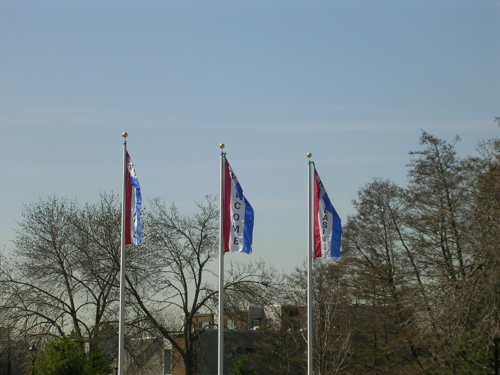 Palatine, IL : The Three Great Welcoming Flags Of Palatine IL