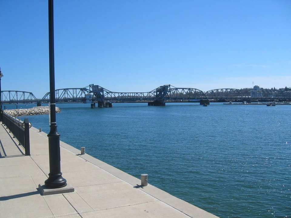 Sturgeon Bay, WI : View of the Draw Bridge from the Stone Harbor