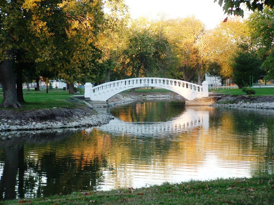 Pana, IL: SCHUYLER BRIDGE AT KITCHELL PARK