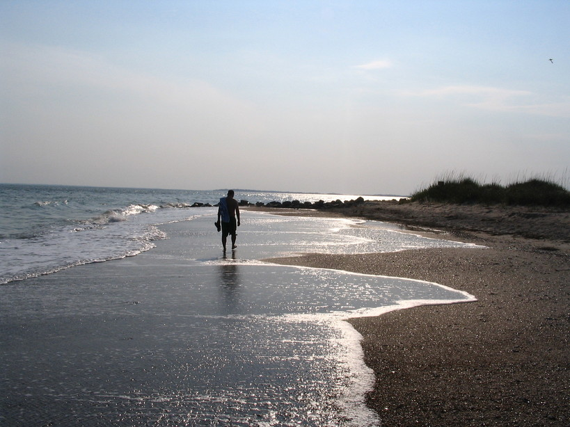 Edisto Beach, SC : Walking on Edisto Beach