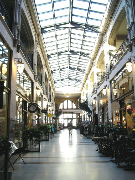 Asheville nc the grove arcade historic shopping center for Dining at bb t center