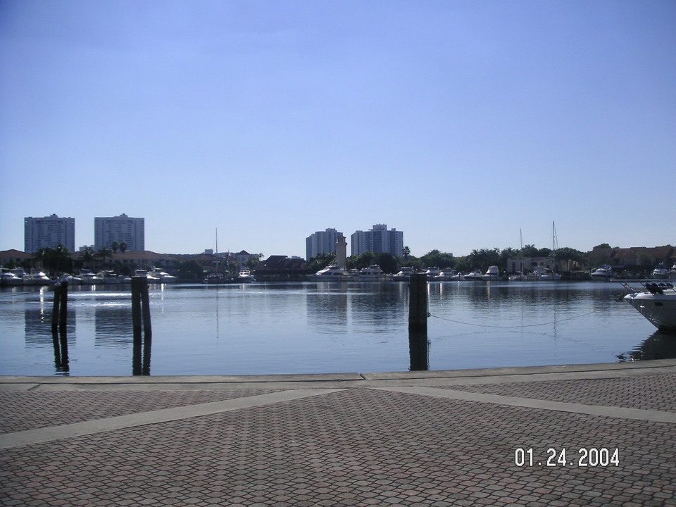 Aventura, FL : View Southwest at Waterways development
