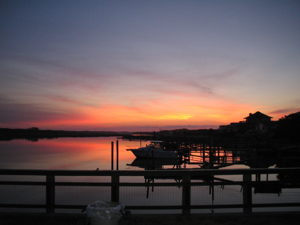 Southport, NC : Sunrise on Oak Island