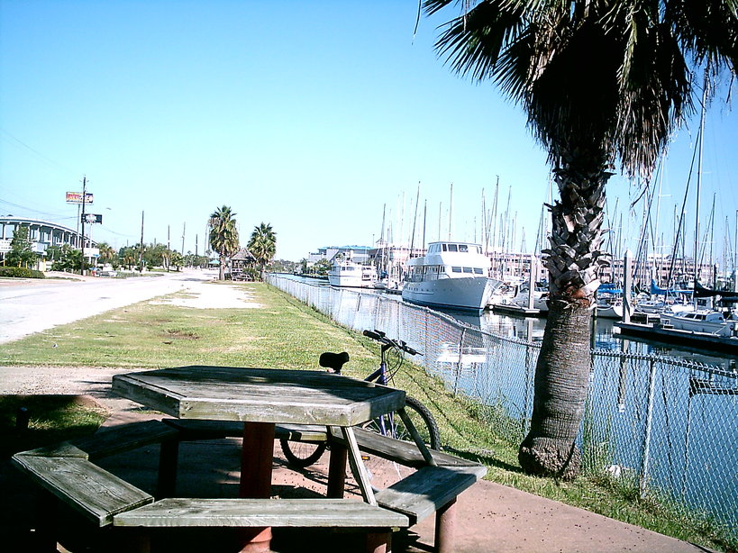 Kemah, TX: Another view of the Boardwalk and bay