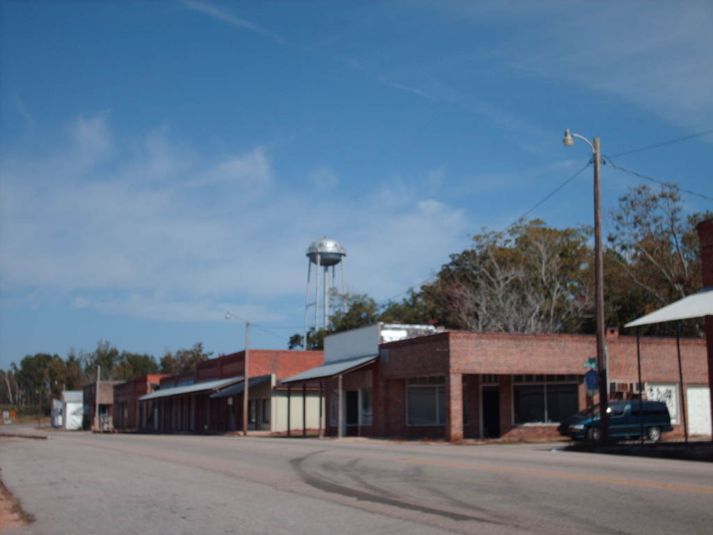 Repton, AL: Main Street in Repton, ALabama