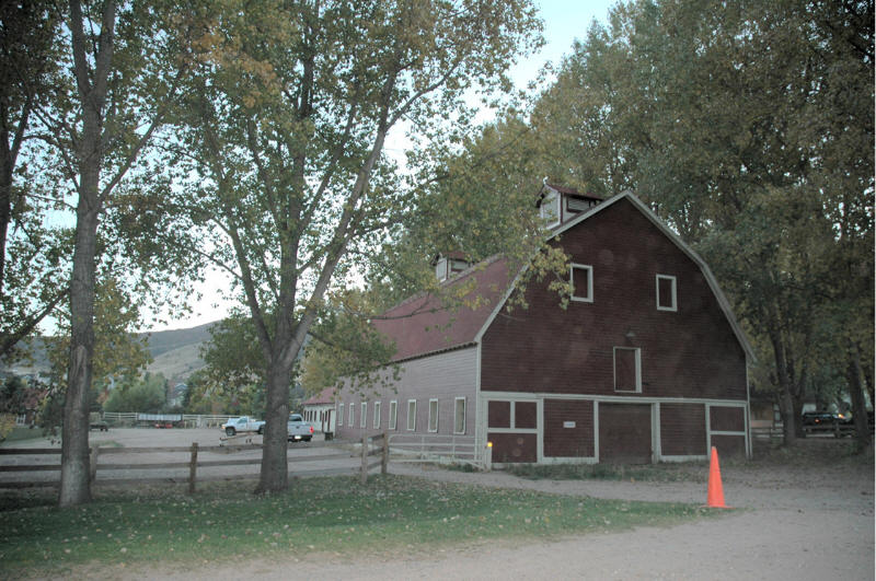 Ken Caryl, CO : Stables