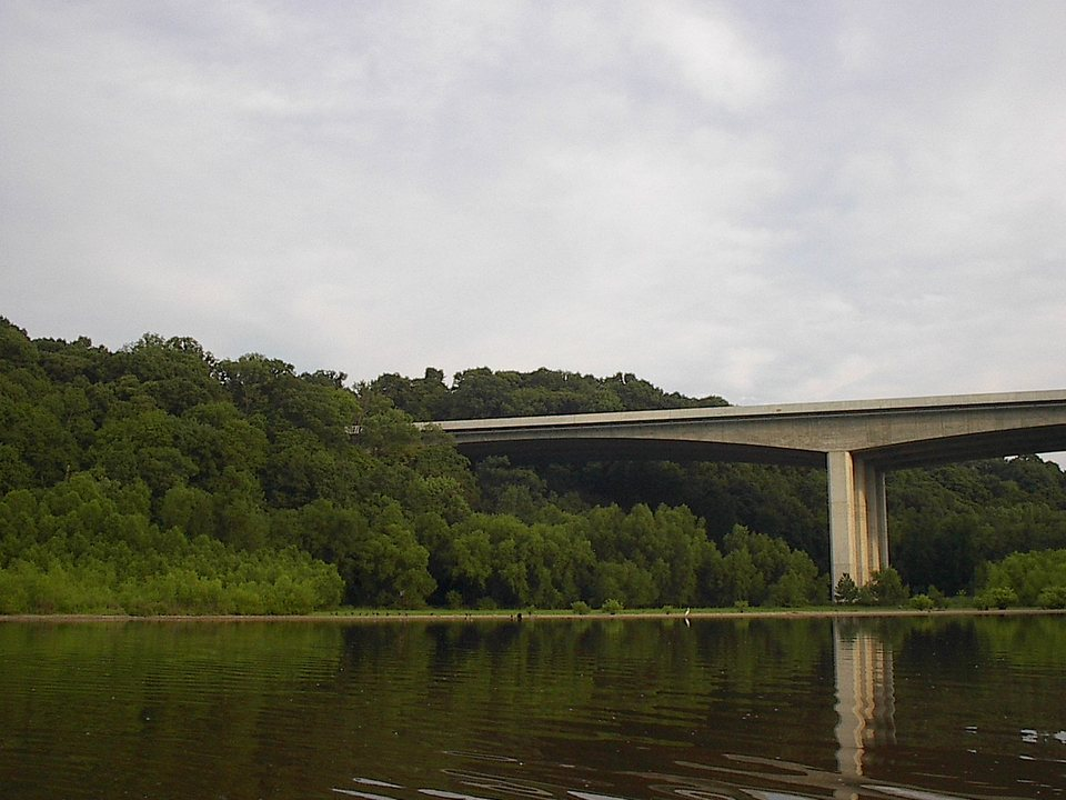 Maryland Heights, MO: Creve Coeur Lake with highway 364