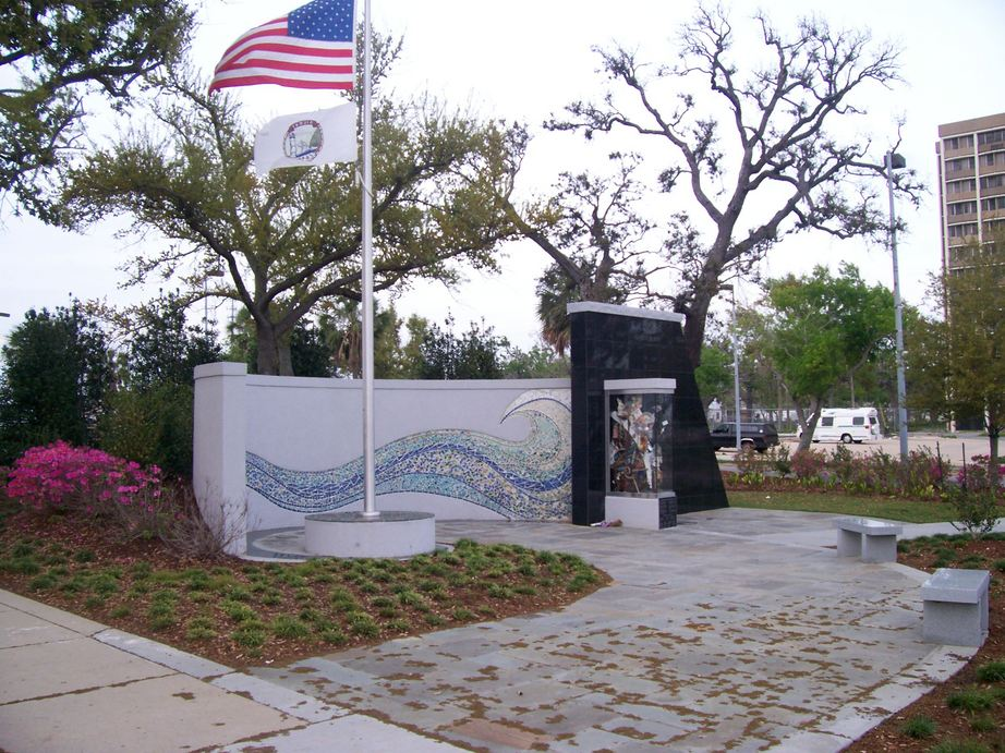 Biloxi, MS: Katrina Memorial