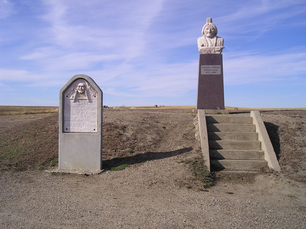 Mobridge Sd The Great Lakota Sioux Chief Sitting Bull Is Memoralized Just Outside Mobridge
