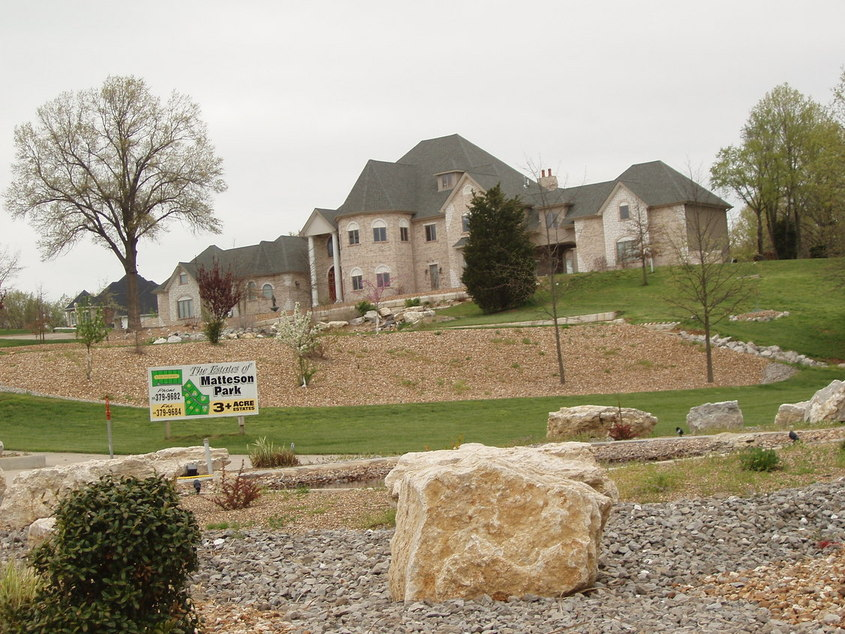St. Paul, MO : One of the newer homes in Matteson Park of St. Paul ,MO
