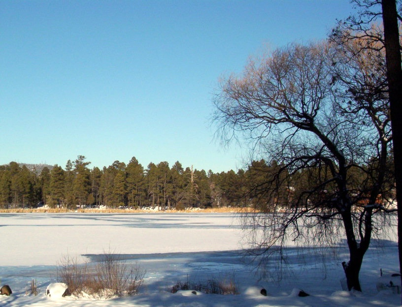 Pinetop-Lakeside, AZ : Rainbow Lake, Winter 2006