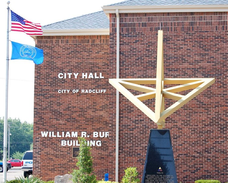 Radcliff, KY : Radcliff KY city hall Veterans Monument