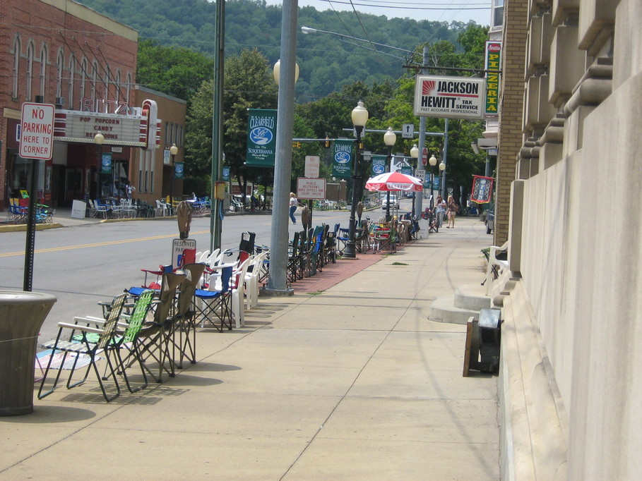 Clearfield, PA: A day before the Fair Parade