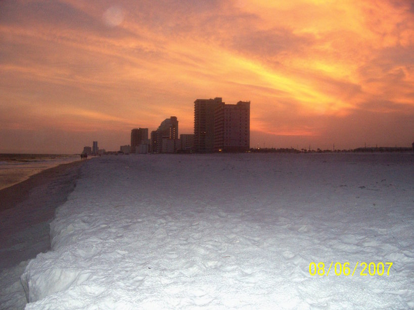 Gulf Shores, AL : Sunset on the Beach from area in between Royal Palms and state park
