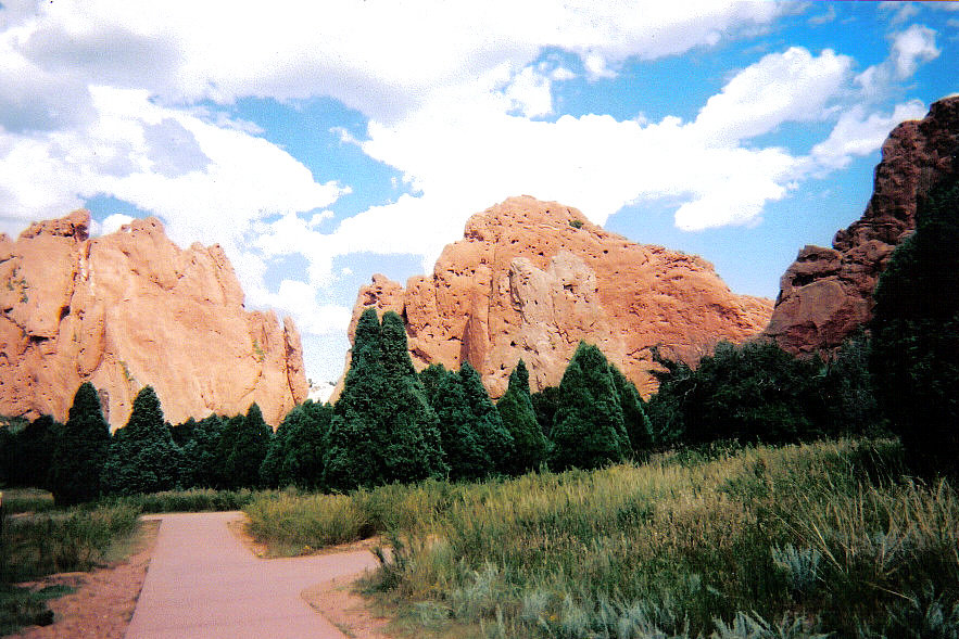  ... Springs, CO : Entering Garden of the Gods in Manitou Springs, Colorado