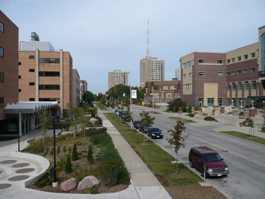 Milwaukee Wi Uw Milwaukee From North Maryland Avenue Photo Picture Image Wisconsin At