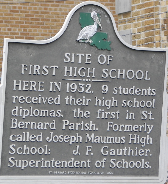 Arabi, LA : First high school in Arabi