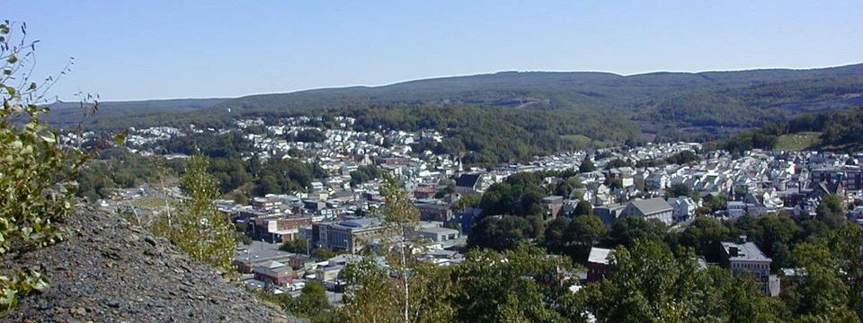 Shamokin, PA : Shamokin looking SW from coal bank