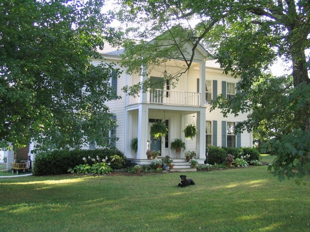 Trenton, KY : Beautiful Kentucky Home
