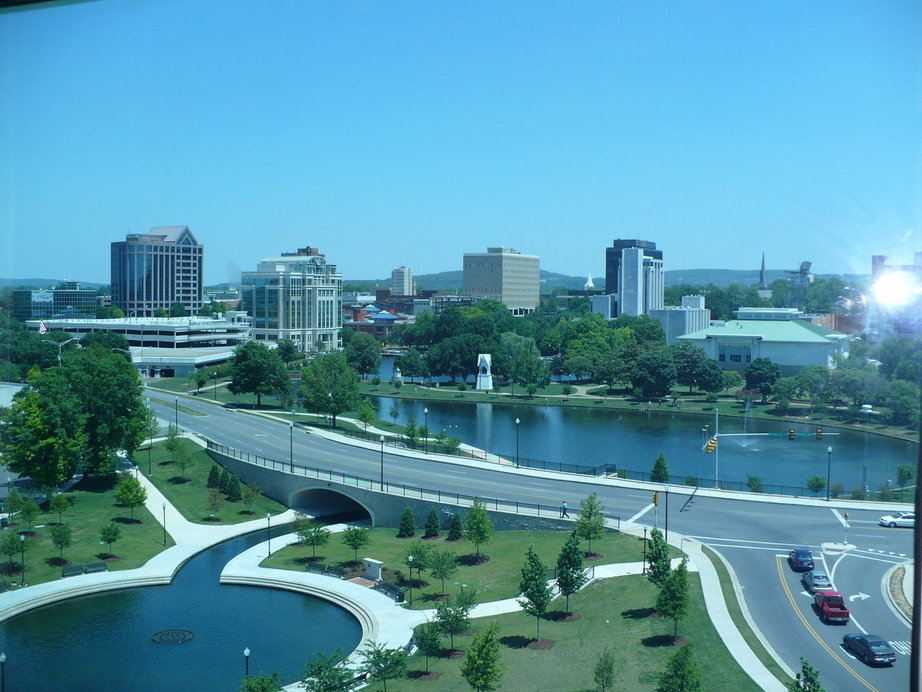 Huntsville, AL : Downtown Huntsville and Big Spring Park taken from Embassy Suites Hotel