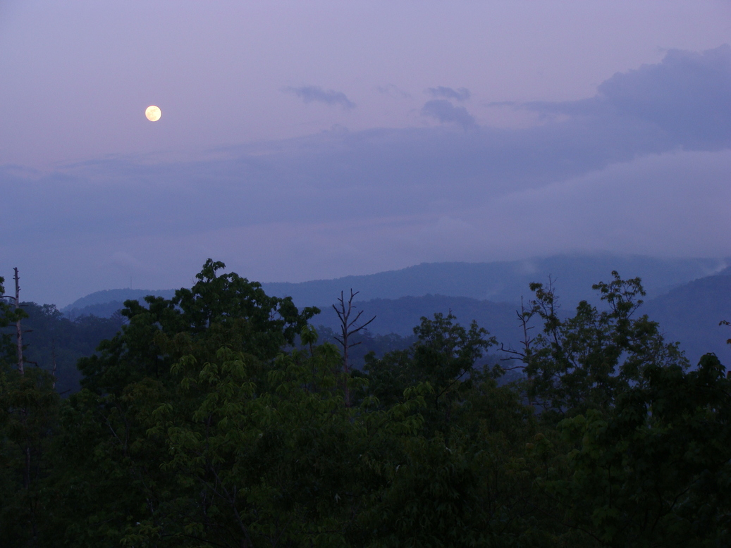 Blue Ridge, GA : Full Moon Over Blue Ridge Mountains May 2008