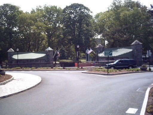 Mount Vernon, NY : Hartley Park NW Entrance