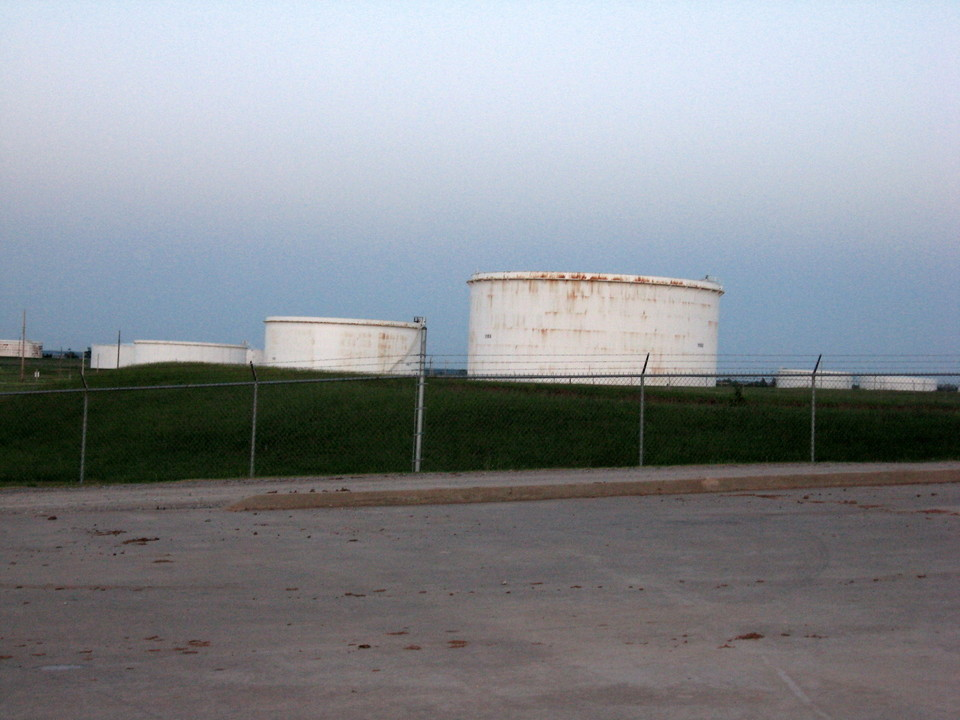 Cushing, OK: Oil Tank Farm