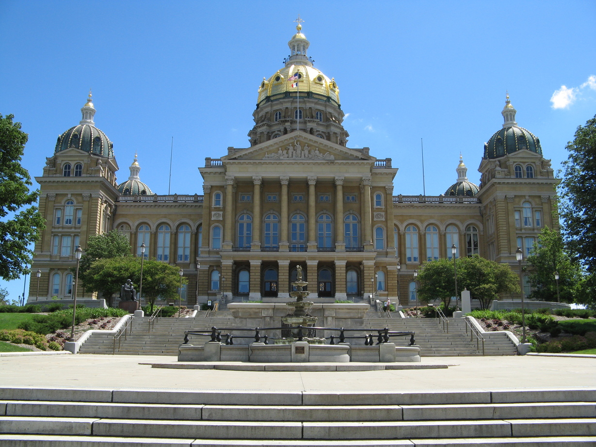 Des Moines, IA: The State Capitol of Iowa