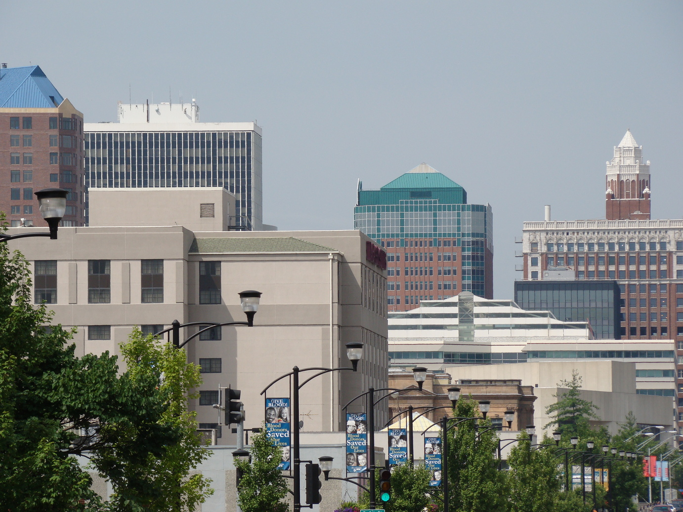 Des Moines, IA: Downtown Skyline