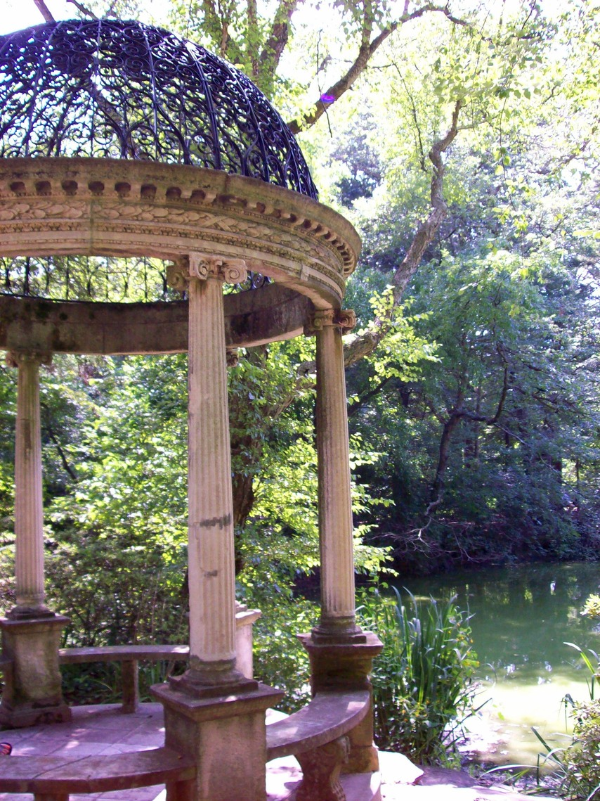 Old Westbury, NY : Temple of Love, Old Westbury Gardens, Old Westbury, NY