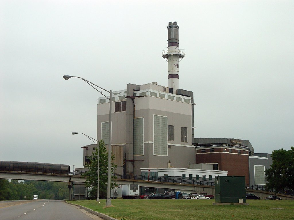 Carbondale, IL : Coal-fire Power Plant next to S.I.U. Carbondale.