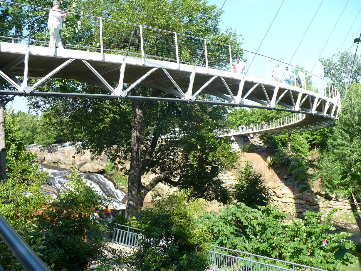 Greenville, SC : Pedestrian Suspension Bridge - Falls Park