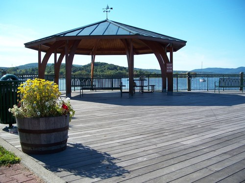 Newport, VT : Public seating - July