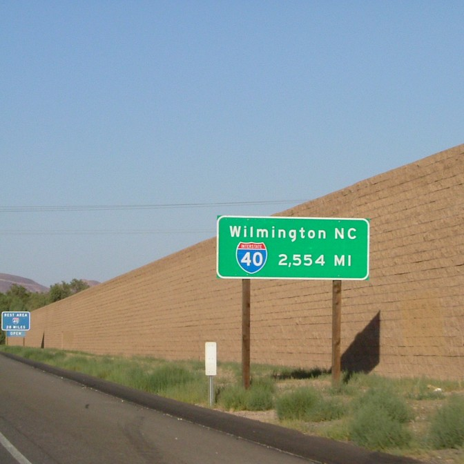 Barstow, CA : The beginning (or end) of I-40 in Barstow