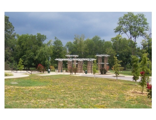 Arkadelphia, AR : Riverside Park alongside Ouachita River