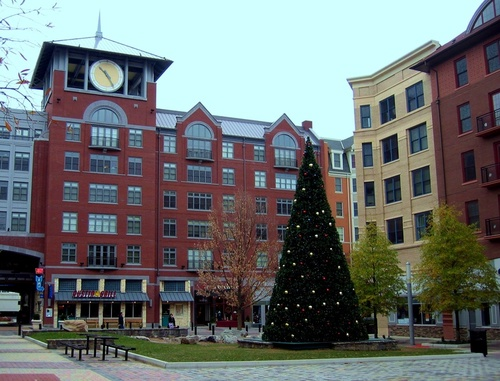 Rockville, MD: Towne Center at Christmas