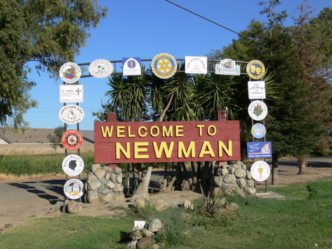 Newman, CA: entrence to city