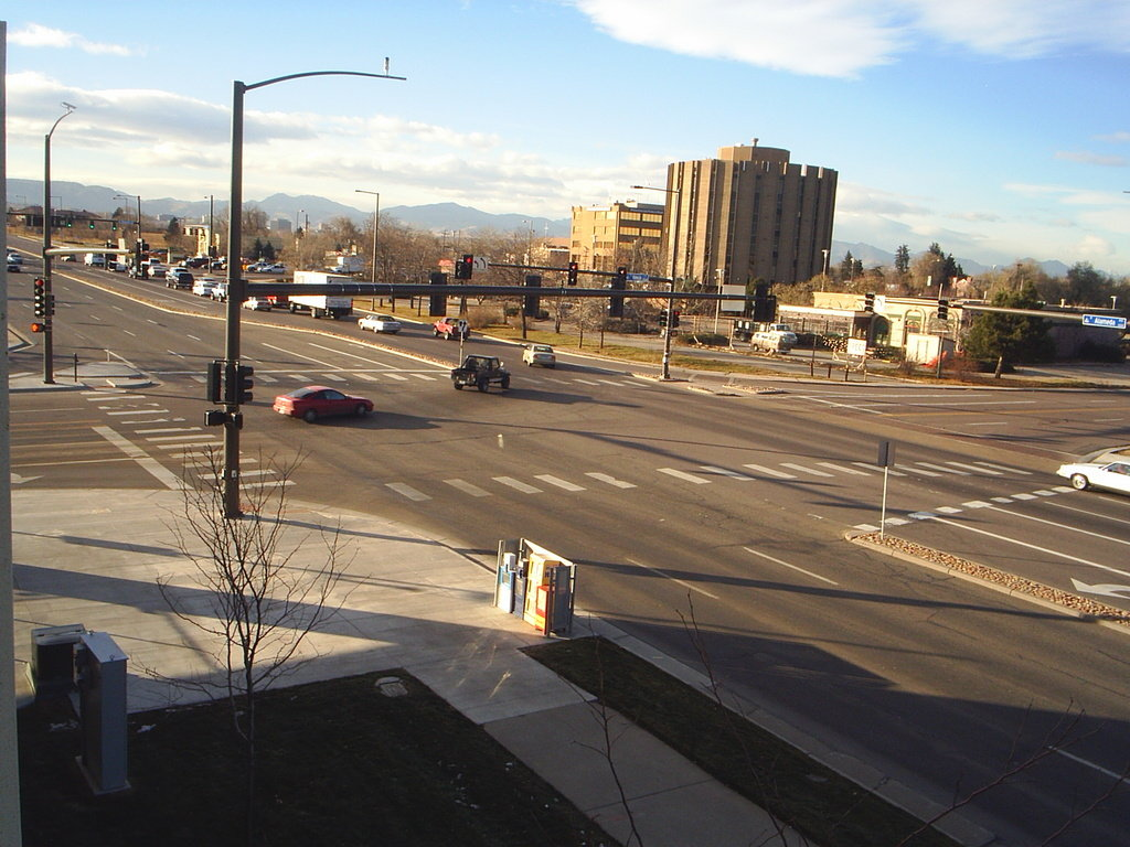 Lakewood, CO : Picture of Lakewood near Belmar shopping center