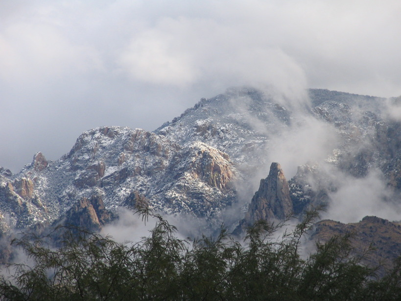 Oro Valley, AZ : Catalina Mountians Winter Storm
