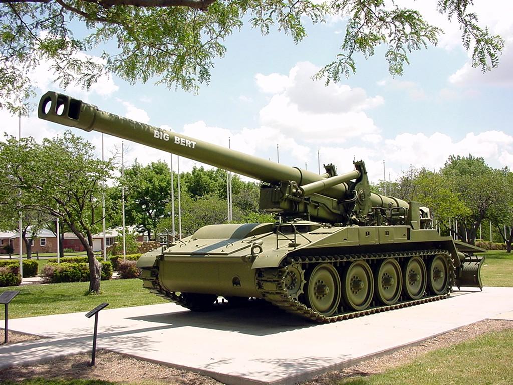 Great Bend, KS: WW2 Tank/Veterans Memorial Park , Great Bend