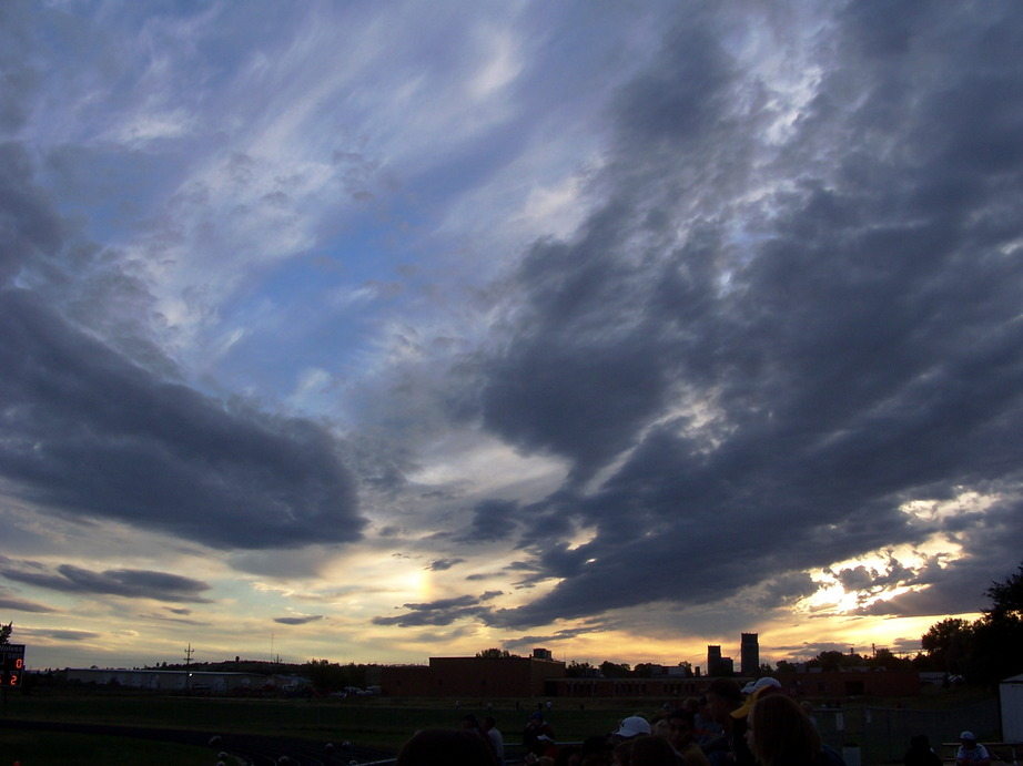 Watford City, ND : Sunset from the football field