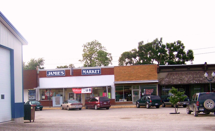 Forrest, IL : Local business owners