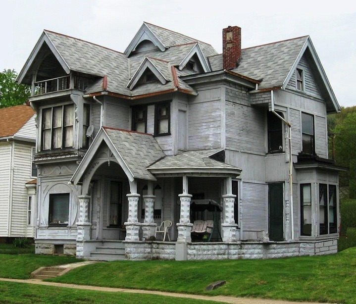 Mineral City, OH : Victorian House - Mineral City Ohio