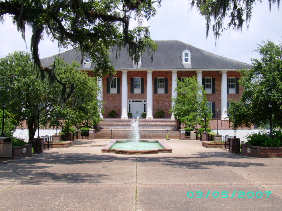 New Iberia, LA : City Hall