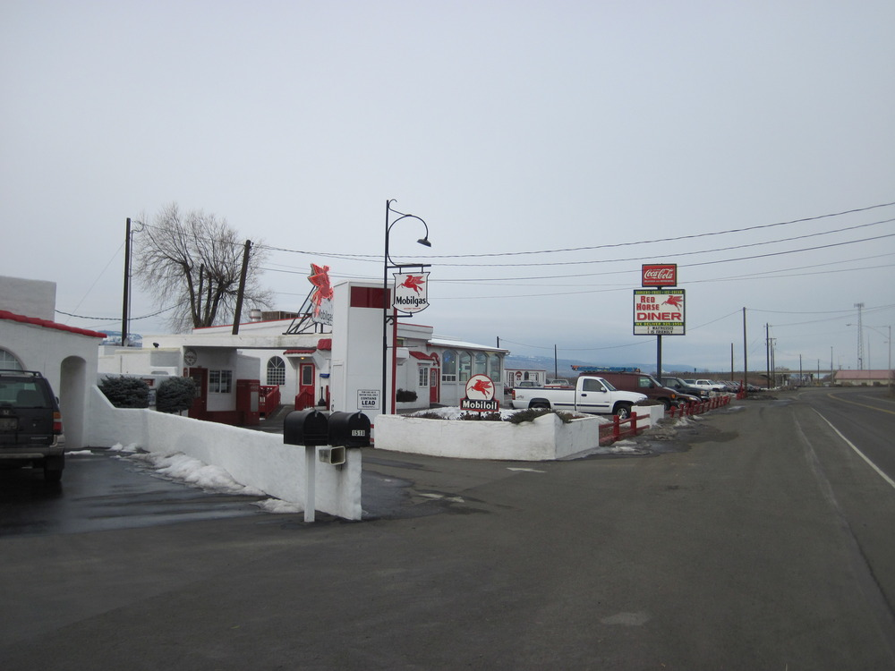 Ellensburg, WA : Red Horse Diner on West University Way near I90