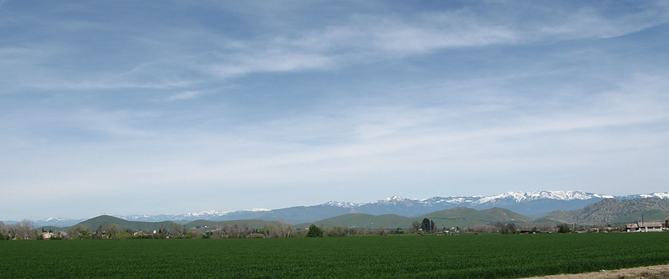 Porterville, CA: View of mountains east of Porterville, March 2010