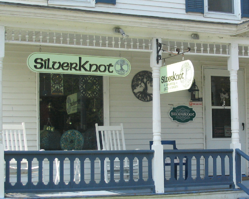 Chester, VT : SilverKnot on the Green